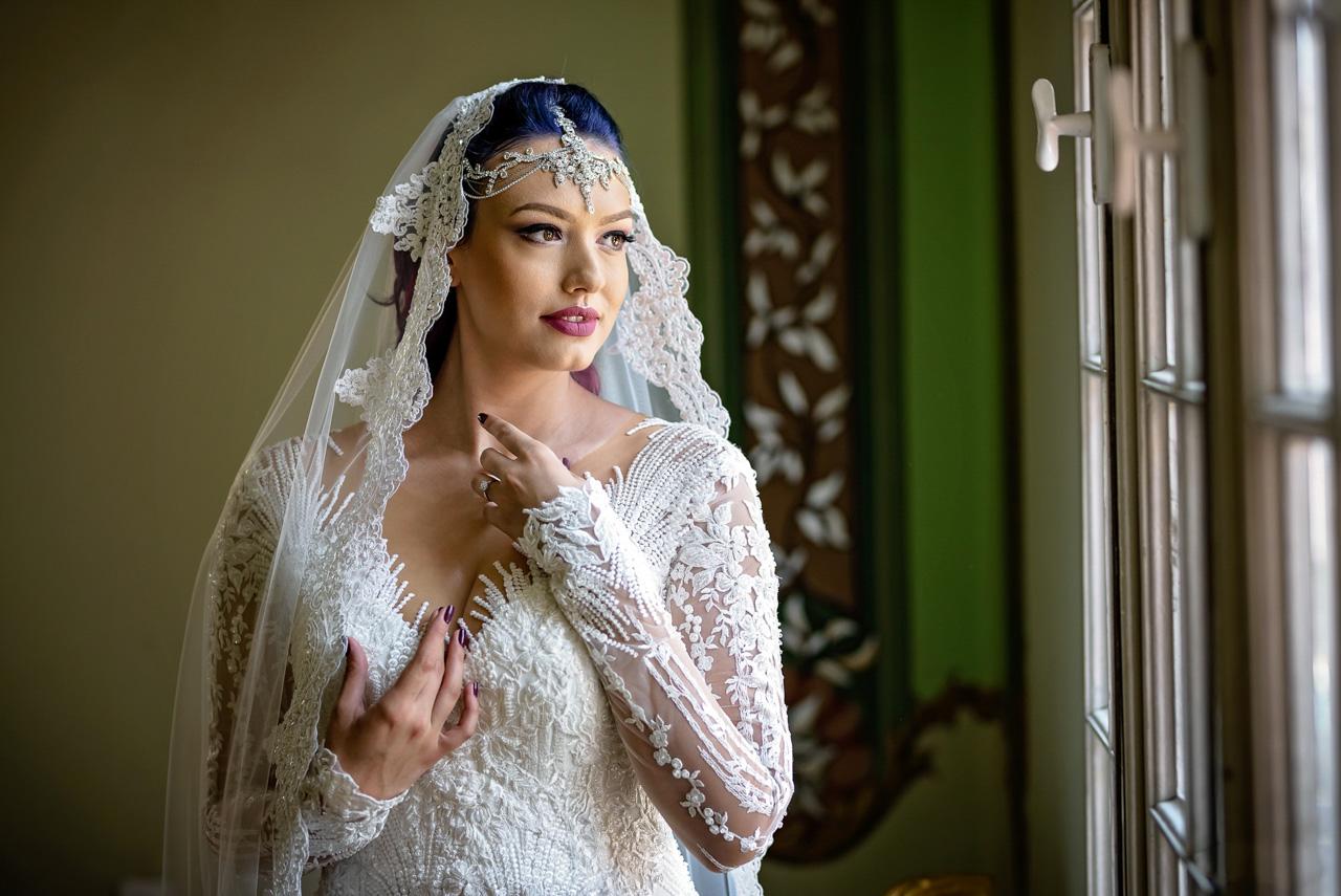cateva sfaturi simple despre cum sa pozezi pentru sedinta foto de nunta