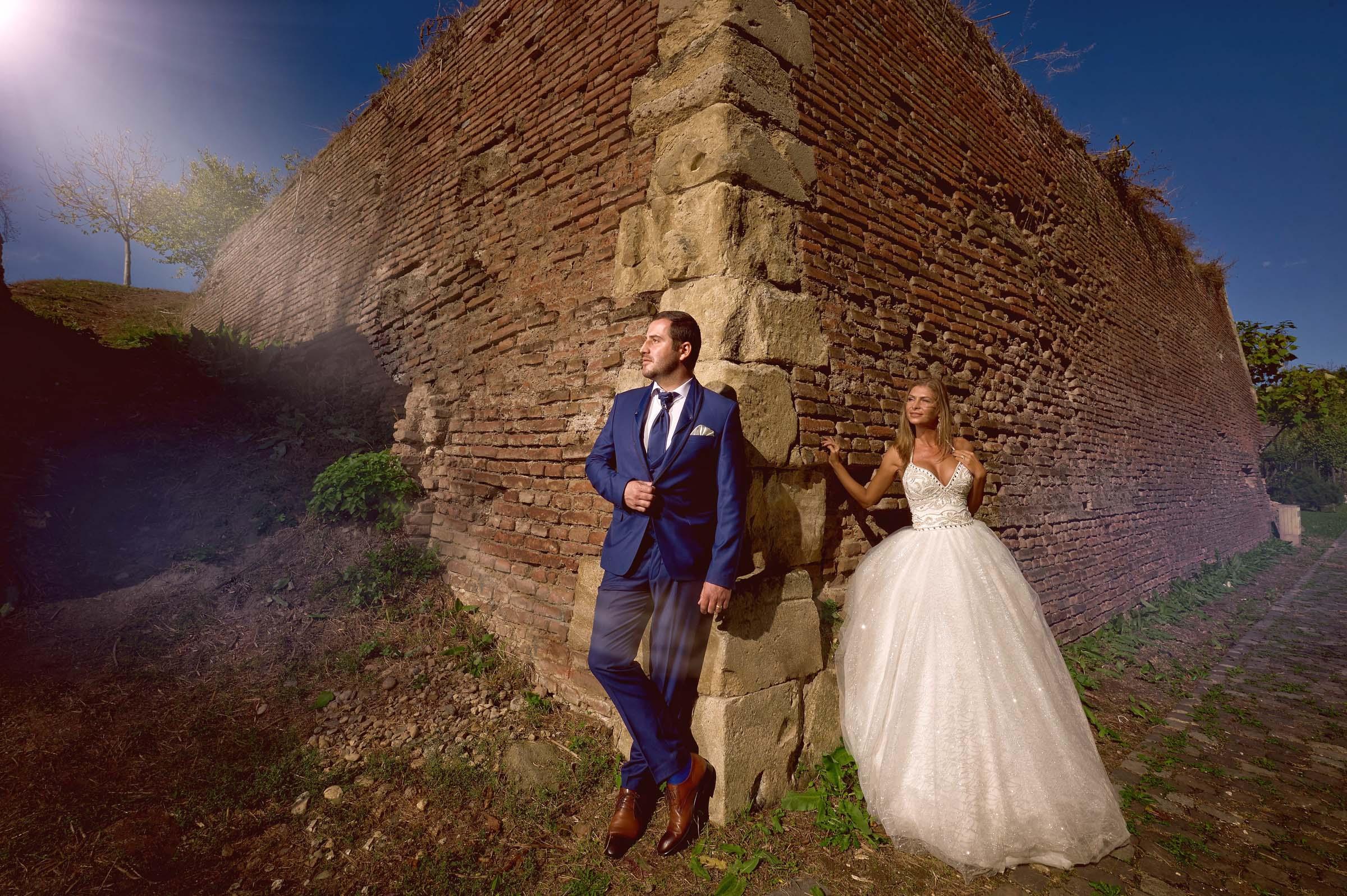Atunci când sunteți în căutarea unui fotograf de nuntă există și câteva întrebări tehnice pe care ar trebui să le adresați fotografilor pe care îi intervievați.